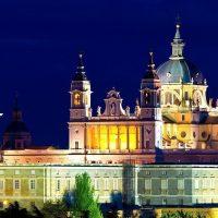 catedral-almudena-noche